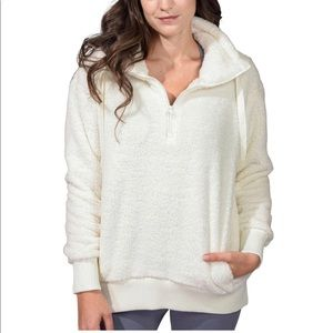 Sherpa pullover NWT